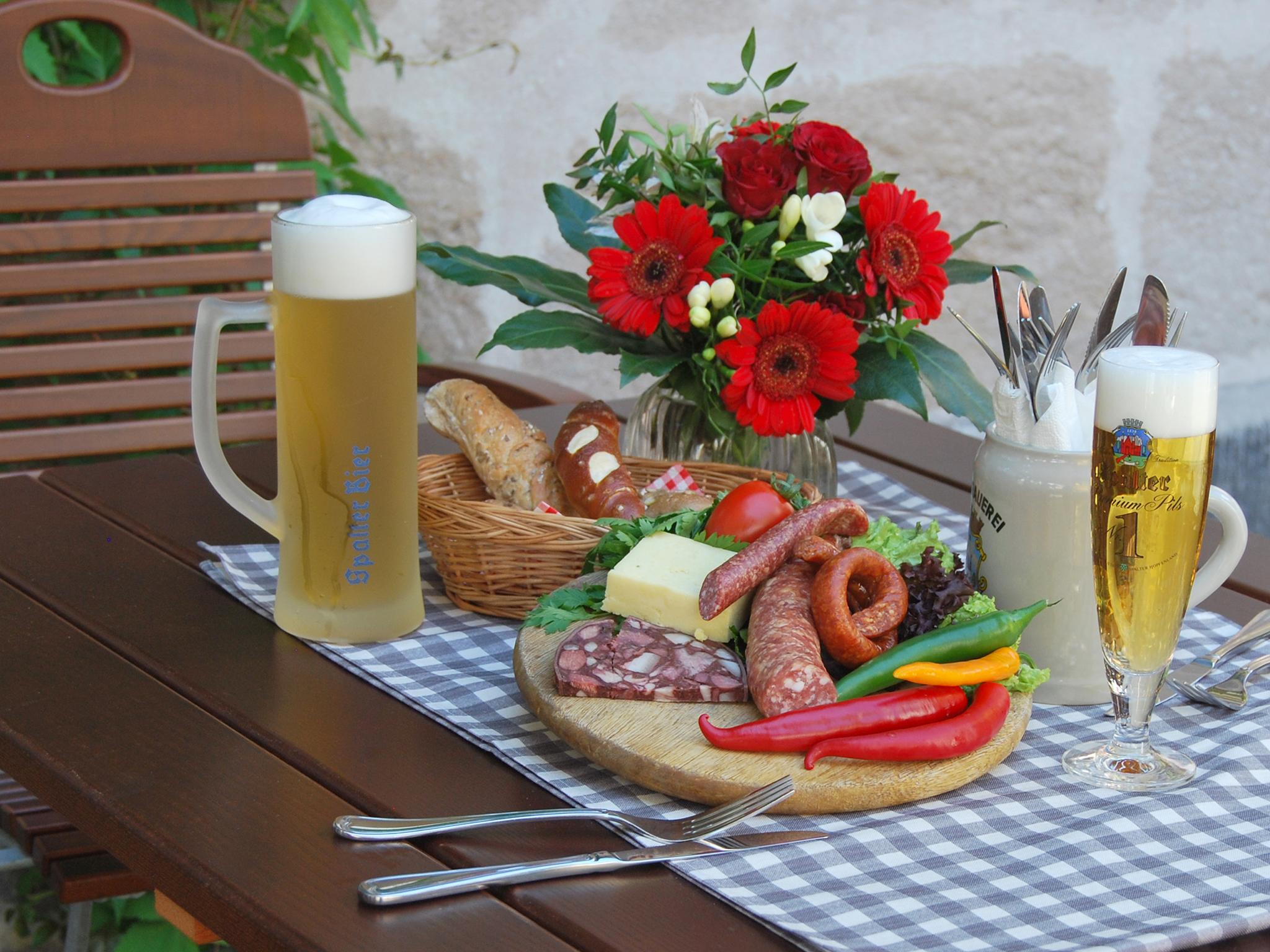Restaurant Hotel Der Schwan Ausgezeichnete Bayerische Kuche